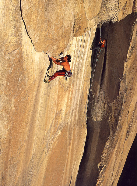 Yosemite: Roff Traverse, 5,13b - Alexander Huber and Max Reichel at El Coraz�n, El Capitane