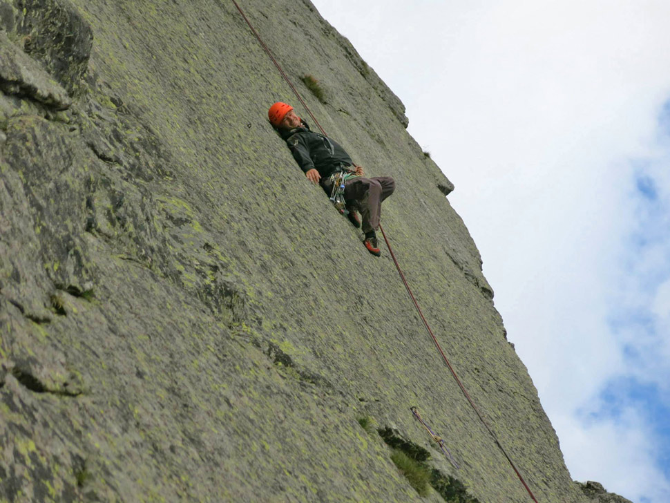 Is it a new slab climbing technique? Duro Karlubik on Osarpance in the High Tatras